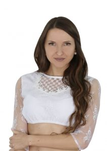 Hofer Trachtenlod´n - Schöne und neutrale weiße Blusen